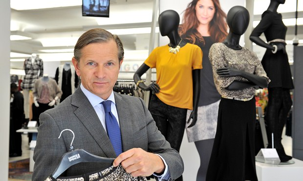M&S suffers profit drop
